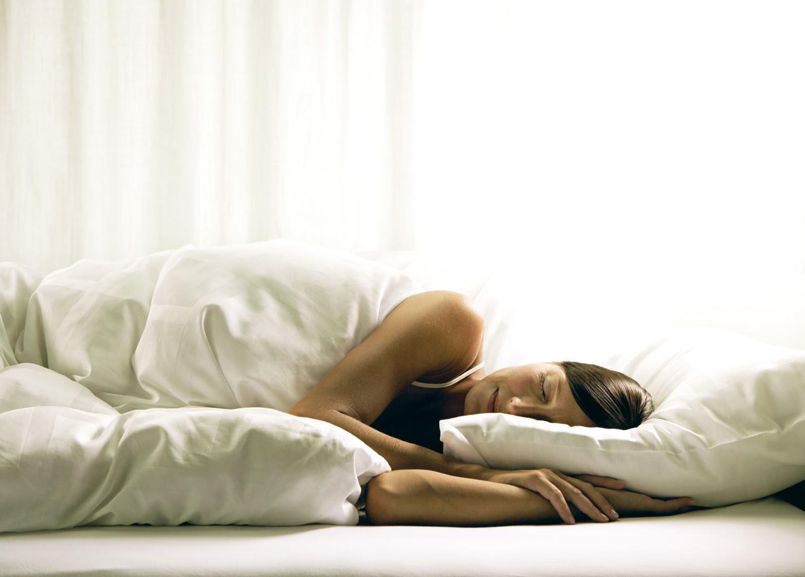 Como relaxar a mente para dormir? 5 dicas para atingir o sono profundo